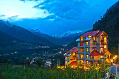 Fog Hills Cottages Manali