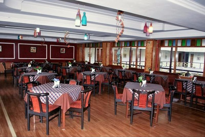 Snow Valley Resort Manali Restaurant